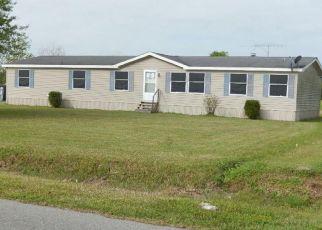 Pre Foreclosure in Lake Charles 70611 HIBERNIA LN - Property ID: 1694902593