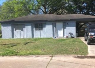 Pre Foreclosure in Lake Charles 70607 WORTHY DR - Property ID: 1694903463