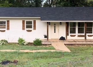 Pre Foreclosure in Tuscaloosa 35405 OLD GREENSBORO RD - Property ID: 1695323939