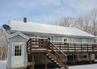 Pre Foreclosure in Gardiner 04345 LIBBY HILL RD - Property ID: 1695649334