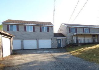Pre Foreclosure in Levant 04456 PINE TREE RD - Property ID: 1695656344