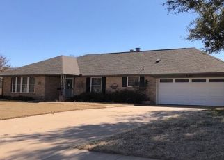 Pre Foreclosure in Altus 73521 CARDINAL CIR S - Property ID: 1695734302