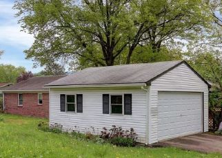 Pre Foreclosure in Halifax 17032 WILLIAMS ST - Property ID: 1695806572