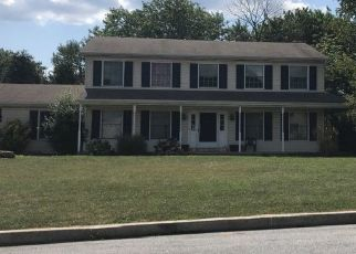 Pre Foreclosure in Harrisburg 17109 PINE HOLLOW RD - Property ID: 1695814901