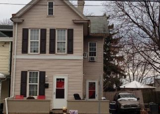 Pre Foreclosure in Harrisburg 17110 N 6TH ST - Property ID: 1695827144