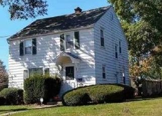 Pre Foreclosure in Palmyra 17078 W OAK ST - Property ID: 1695849490