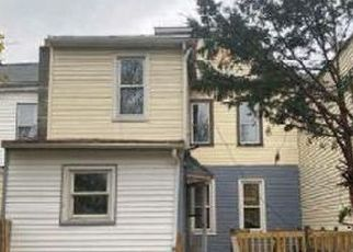 Pre Foreclosure in Lebanon 17046 WILLOW ST - Property ID: 1695857820