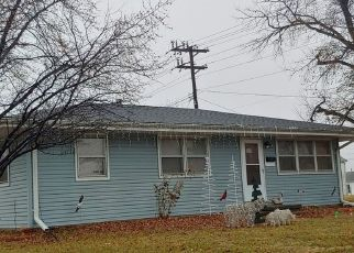 Pre Foreclosure in Muscatine 52761 STEWART RD - Property ID: 1695969496