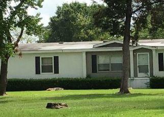 Pre Foreclosure in De Kalb 75559 COUNTY ROAD 3402 - Property ID: 1695985708