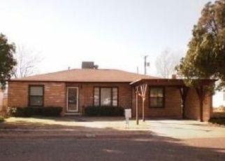 Pre Foreclosure in Levelland 79336 AVENUE G - Property ID: 1696032113