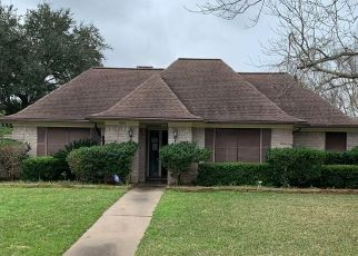Pre Foreclosure in Wharton 77488 CRESTMONT ST - Property ID: 1696068477