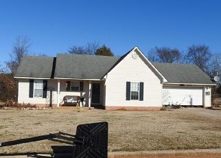 Pre Foreclosure in New Market 35761 EARNHARDT DR - Property ID: 1697116102