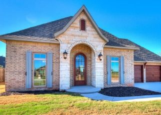 Pre Foreclosure in Shawnee 74804 CHURCHILL - Property ID: 1697434520
