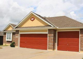 Pre Foreclosure in Raymore 64083 VERONA CIR - Property ID: 1697667970