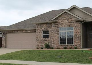 Pre Foreclosure in Columbia 65202 BLACK TAIL DR - Property ID: 1698117769