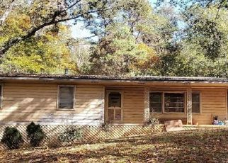 Pre Foreclosure in Toccoa 30577 HILLTOP WAY - Property ID: 1698422142