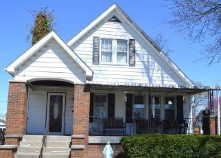 Pre Foreclosure in Centralia 62801 E BROADWAY - Property ID: 1698489602