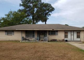 Pre Foreclosure in Eufaula 36027 IMPERIAL DR - Property ID: 1698957802