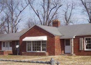 Pre Foreclosure in Clarkton 63837 S OAK ST - Property ID: 1699024360