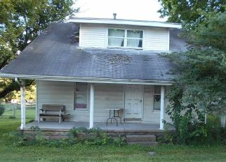Pre Foreclosure in Greencastle 46135 W US HIGHWAY 40 - Property ID: 1699073867
