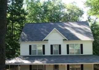 Pre Foreclosure in Lakemont 30552 MCCRACKIN RD - Property ID: 1699164969