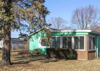 Pre Foreclosure in Elkhart 62634 S GILLETT ST - Property ID: 1699621766