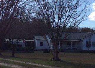 Pre Foreclosure in Ray City 31645 BARKER RD - Property ID: 1700529687