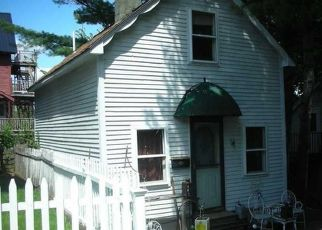 Pre Foreclosure in Hallowell 04347 GOWS LN - Property ID: 1700640490