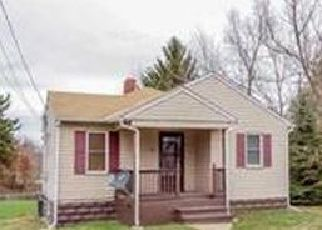 Pre Foreclosure in Carmichaels 15320 CROSS ST - Property ID: 1700668973