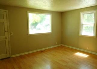 Pre Foreclosure in Lansing 48910 HOMEWOOD AVE - Property ID: 1701000503