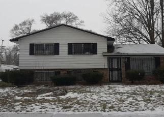 Pre Foreclosure in Saginaw 48601 YORK DR - Property ID: 1701002698