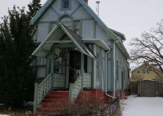 Pre Foreclosure in Racine 53405 HAYES AVE - Property ID: 1701040802