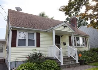 Pre Foreclosure in New Britain 06053 OAKLAND AVE - Property ID: 1701322412