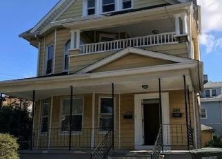 Pre Foreclosure in Bridgeport 06604 PARK AVE - Property ID: 1701501550