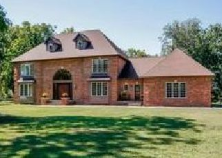 Pre Foreclosure in Brookfield 06804 D ARCANGELO DR - Property ID: 1701593971
