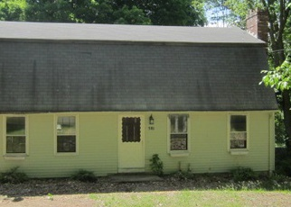 Pre Foreclosure in East Haddam 06423 TOWN ST - Property ID: 1701917622