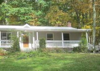 Pre Foreclosure in Chaplin 06235 DAVIS RD - Property ID: 1702032366