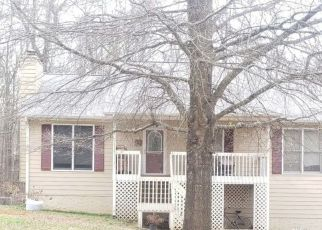 Pre Foreclosure in Douglasville 30134 OAK LANDING LN - Property ID: 1702860584