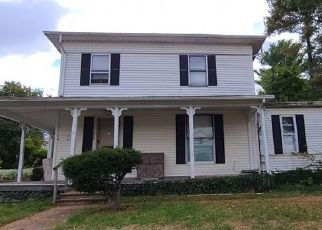 Pre Foreclosure in Manchester 06042 N MAIN ST - Property ID: 1702920584