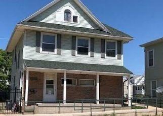 Pre Foreclosure in Cedar Rapids 52401 3RD AVE SE - Property ID: 1703240299