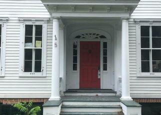 Pre Foreclosure in Kinderhook 12106 BROAD ST - Property ID: 1703835959