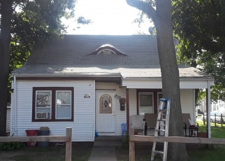 Pre Foreclosure in Hempstead 11550 UNION PL - Property ID: 1704085146