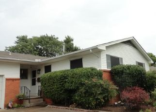 Pre Foreclosure in Tulsa 74129 E 29TH ST - Property ID: 1704342239