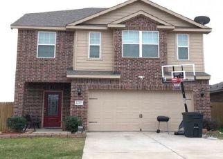 Pre Foreclosure in Hockley 77447 THREEFOLD RIDGE DR - Property ID: 1704361520