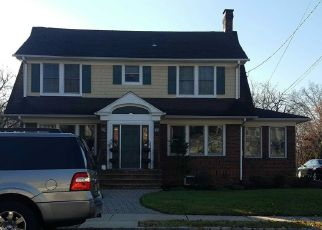 Pre Foreclosure in Somerville 08876 ALTAMONT PL - Property ID: 1705017605