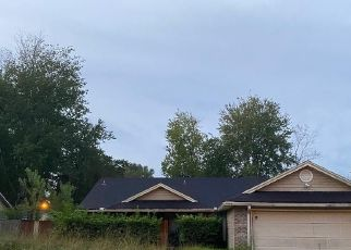 Pre Foreclosure in Orange Park 32065 BEE ST N - Property ID: 1705125339