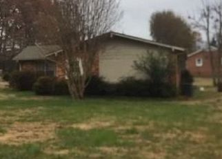 Pre Foreclosure in Greensboro 27406 KIVETT DR - Property ID: 1705277315