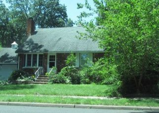 Pre Foreclosure in Township Of Washington 07676 HOWARD ST - Property ID: 1705471336