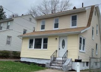 Pre Foreclosure in Clifton 07012 PERU RD - Property ID: 1705474862