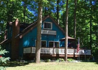 Pre Foreclosure in Gaylord 49735 KNOLLWOOD LN - Property ID: 1705590471
